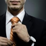 Как се връзва вратовръзка