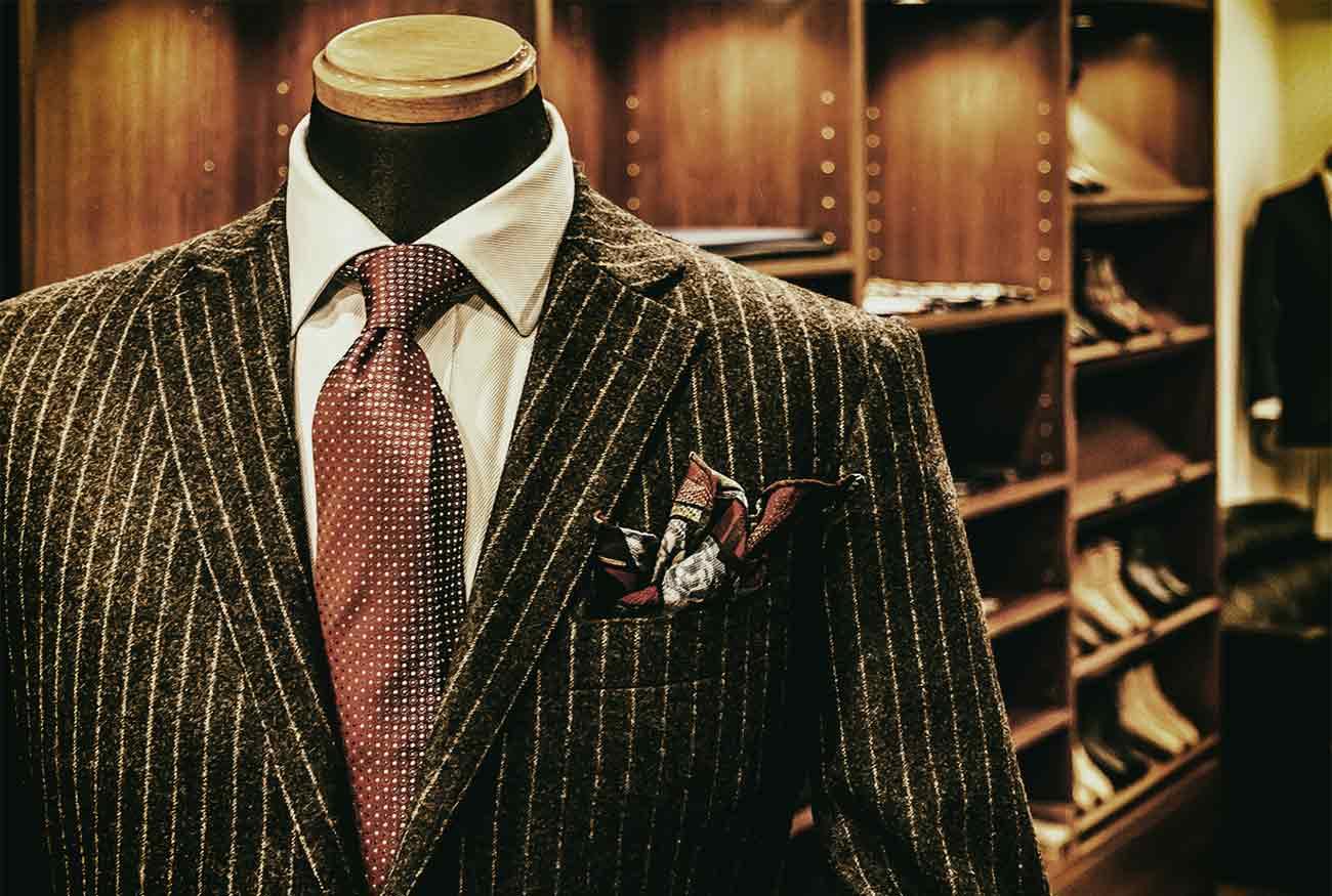 Джентълменът предпочита костюм по избор