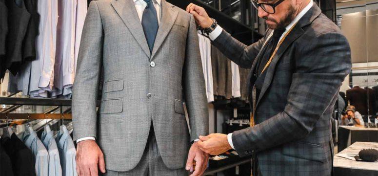 Защо да изберем костюм по поръчка