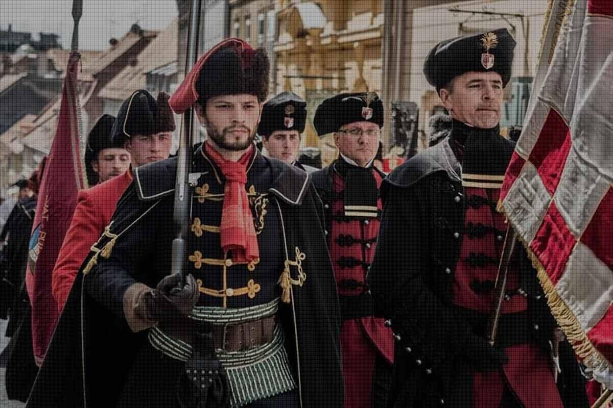 Хърватска елитна войска дава началото на модата на вратовръзката